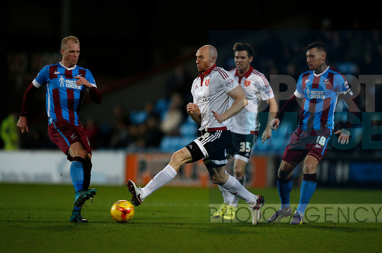Conor Sammon of Sheffield Utd makes a block - English League One - Scunthorpe Utd vs Sheffield Utd - Glandford Park Stadium - Scunthorpe - England - 19th December 2015 - Pic Simon Bellis/Sportimage