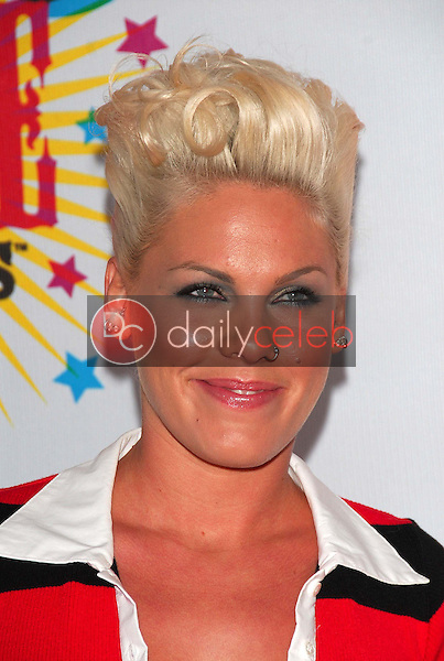Pink<br />at Nickelodeon's 19th Annual Kids' Choice Awards. Pauley Pavilion, Westwood, CA. 04-01-06<br />Dave Edwards/DailyCeleb.com 818-249-4998
