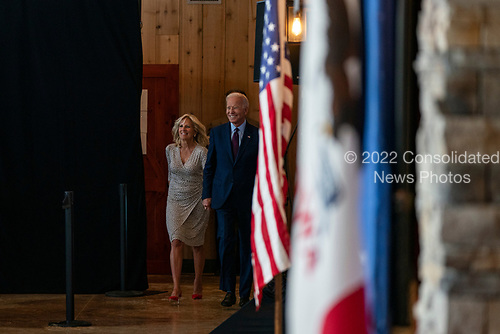 2020 Democratic Presidential candidate, Joe Biden, and his wife Jill arrive at a campaign event in Burlington, Iowa on Wednesday, August 7, 2019. Biden is kicking off a 4 day tour of Iowa. Credit: Alex Edelman / CNP