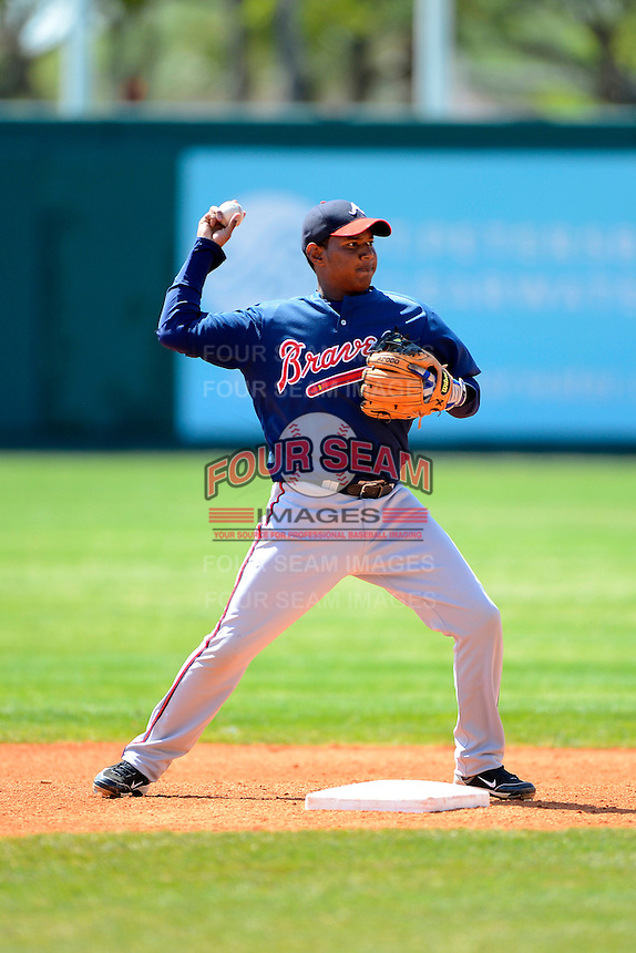 Atlanta Braves infielder Ronald Luna #39 during practice before a minor league Spring Training game against the Philadelphia Phillies at Al Lang Field on March 14, 2013 in St. Petersburg, Florida.  (Mike Janes/Four Seam Images)