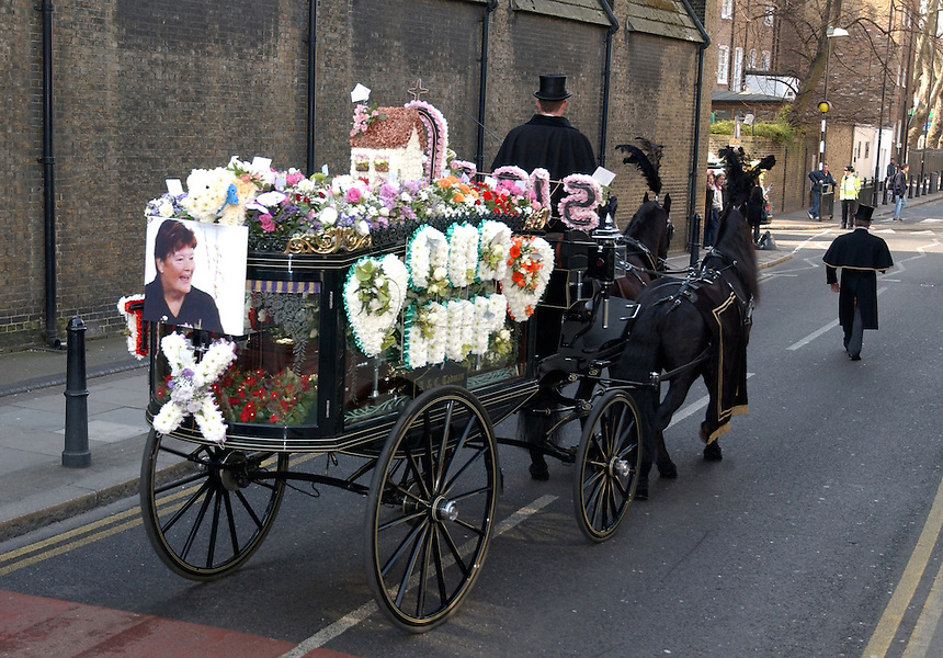 FUNERAL OF Shannen Vickers, 17, and Pauline Adams, 57, AT OUR LADY OF ASSUMPTION BETHNAL GREEN LONDON E2. THEY were overcome by smoke as they slept in their flat in CYPRUS ST Bethnal Green, east London, on Sunday 22 FEB 09. THEIR FLAT WAS FIREBOMBED. PIC JAYNE RUSSELL.8.3.09