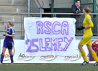 Waasland Beveren Sinaai Girls - RSC Anderlecht : spandoek RSCA 25 Lemey.foto DAVID CATRY / Nikonpro.be