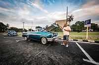 Køretur med amerikanske dollargrin i Havana, Cuba. Foto: Jens Panduro.