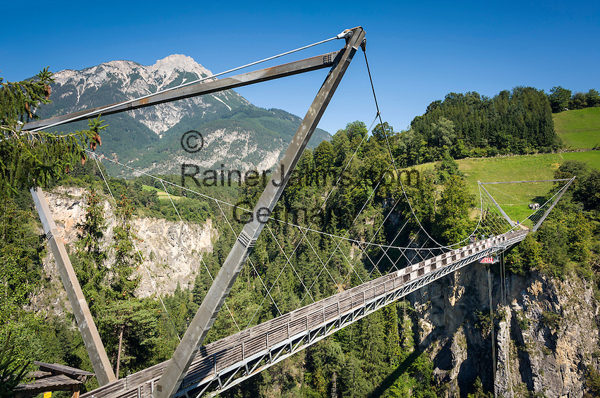 Austria, Tyrol, Pitztal Valley, Arzl in Pitztal Valley: Benni Raich-Bridge, Europe's highest suspension bridge for pedestrians | Oesterreich, Tirol, Pitztal, Arzl im Pitztal: die Benni Raich-Bruecke zwischen Arzl und Wald ist die hoechste Fußgaenger-Haengebruecke Europas