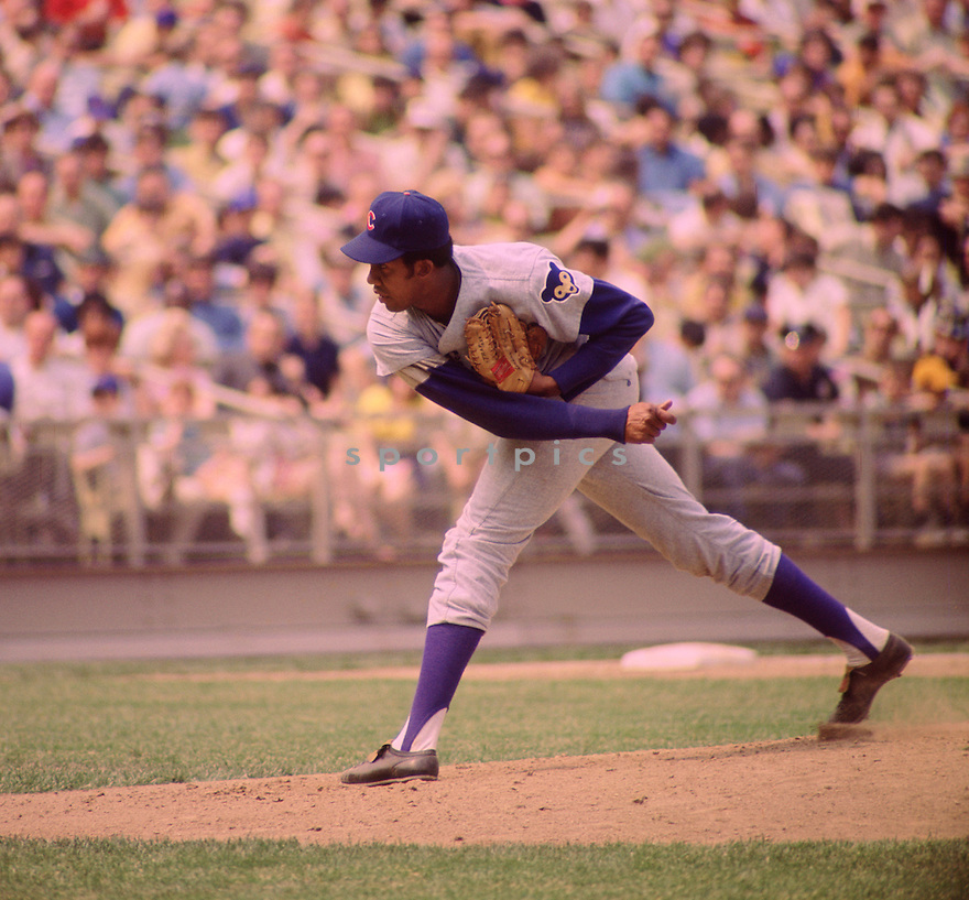 Chicago Cubs Fergie Jenkins (31) during a game  from his 1970 season against the New York Mets at Shea Stadium in Flushing Meadows.  Fergie Jenkins played for 19 season, with 4 different teams, was a 3-time All-Star, National League Cy Young winner in 1971  and was inducted to the Baseball Hall of Fame in 1991.(SportPics)