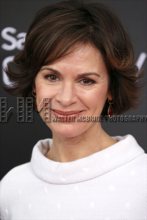 Elizabeth Vargas attends the 'Into The Woods' World Premiere at Ziegfeld Theater on December 8, 2014 in New York City.