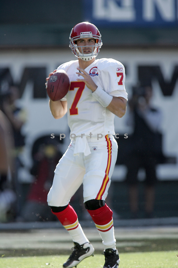 MATT CASSEL, of the Kansas City Chiefs, in action during the Chiefs game against the Oakland Raiders on November 15, 2009 in Oakland, CA. Chiefs won 16-10.