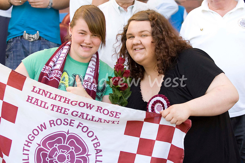 EMIRATES SCOTTISH CUP FINAL.LINLITHGOW ROSE 1 LARGS 0.LINLITHGOW WIN JUNIOR CUP