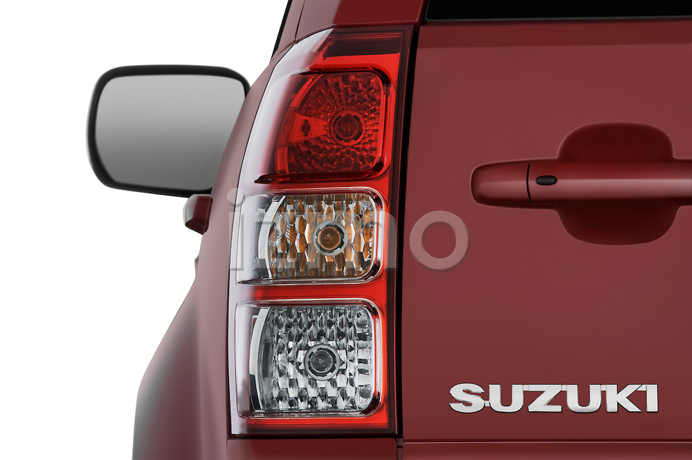 Tail light close up detail view of a 2009 Suzuki Grand Vitara