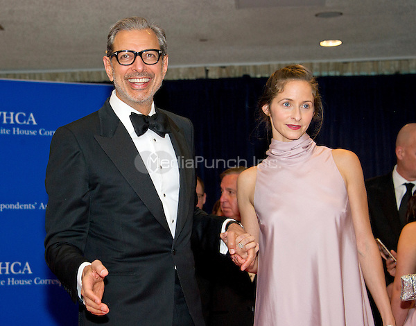 Actor Jeff Goldblum, left, and Emilie Livingston arrive for the 2016 White House Correspondents Association Annual Dinner at the Washington Hilton Hotel on Saturday, April 30, 2016.<br /> Credit: Ron Sachs / CNP<br /> (RESTRICTION: NO New York or New Jersey Newspapers or newspapers within a 75 mile radius of New York City)/MediaPunch