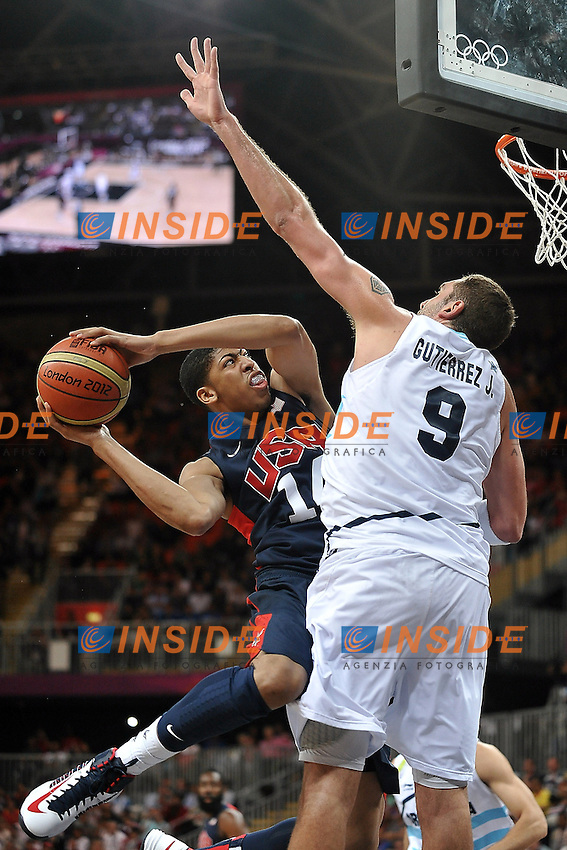 DAVIS Anthony (USA) vs GUTIERREZ (ARG).Basket USA vs ARGENTINA.London 06/08/2012.Olympic Games London 2012.Olimpiadi Londra 2012.Foto Giovanni Minozzi / Insidefoto