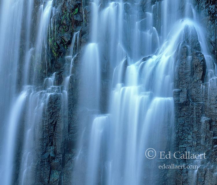 Rainbow Falls, Devils Postpile National Monument, Inyo National Forest, Eastern Sierra, California