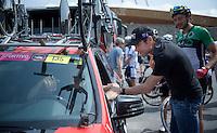 (recent) ex-rider Cadel Evans (AUS) visited his former teammates of BMC Racing Team at the TTT<br /> <br /> 2015 Giro<br /> startzone of stage 1: San Lorenzo Al Mare - San remo (TTT/17.6km)
