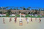 Jogo de volei na praia de Santa Mônica em Los Angeles, EUA. 19990. Foto de Juca Martins.