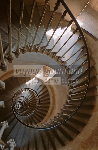 France/17/Charente Maritime/Ile de Ré/Env des Portes en Ré: Escalier du phare des baleines