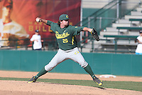 Trent Paddon (25) of the Oregon Ducks pitches during a game against the Southern California Trojans at Dedeaux Field on April 18, 2015 in Los Angeles, California. Oregon defeated Southern California, 15-4. (Larry Goren/Four Seam Images)