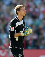 FUSSBALL   1. BUNDESLIGA   SAISON 2011/2012    8. SPIELTAG Hannover 96 - SV Werder Bremen                             02.10.2011 Ron-Robert ZIELER (Hannover 96)