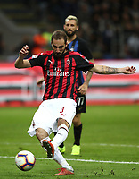 Calcio, Serie A: Inter Milano - AC Milan , Giuseppe Meazza stadium, .October 21, 2018.<br /> Milan's Gonzalo Higuain in action during the Italian Serie A football match between Inter and Milan at Giuseppe Meazza (San Siro) stadium, October 21, 2018.<br /> UPDATE IMAGES PRESS/Isabella Bonotto