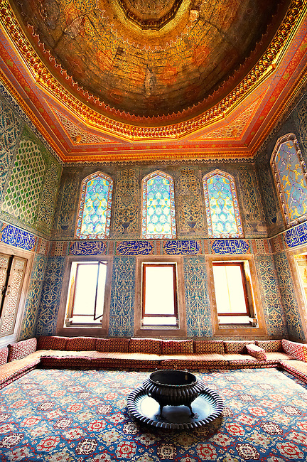 Ottoman. designed tiled rooms of the Crown Prince in the Harem of the  Topkapi Palace, Istanbul, Turkey