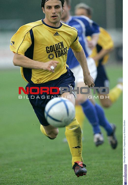 Oberliga Nord  2004/2005  30. Spieltag<br /> <br /> BV Cloppenburg vs BSV Kickers Emden<br /> Oktay Yildirim<br /> <br /> Foto: &copy; nordphoto <br /> <br />  *** Local Caption *** Foto ist honorarpflichtig! zzgl. gesetzl. MwSt.<br />  Belegexemplar erforderlich<br /> Adresse: nordphoto<br /> Georg-Reinke-Strasse 1<br /> 49377 Vechta