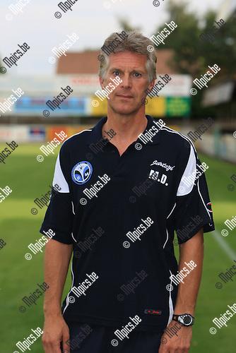2010-06-22 / Voetbal / seizoen 2010-2011 / Verbroedering Geel-Meerhout / Marc Dillen..Foto: mpics