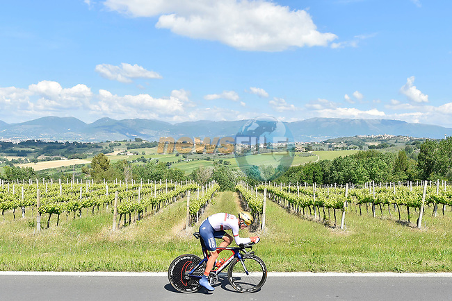 Bahrain-Merida rider in action during Stage 10 the Sagrantino Stage of the 100th edition of the Giro d'Italia 2017, an individual time trial running 39.8km from Foligno to Montefalco, Italy. 16th May 2017.<br /> Picture: LaPresse/Fabio Ferrari | Cyclefile<br /> <br /> <br /> All photos usage must carry mandatory copyright credit (&copy; Cyclefile | LaPresse/Fabio Ferrari)