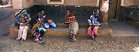 Afrique/Afrique de l'Est/Tanzanie/Zanzibar/Ile Unguja/Makunduchi: scenes de vie au village femmes