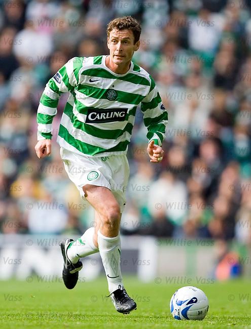 Chris Sutton, Celtic.stock season 2005-2006.pic willie vass