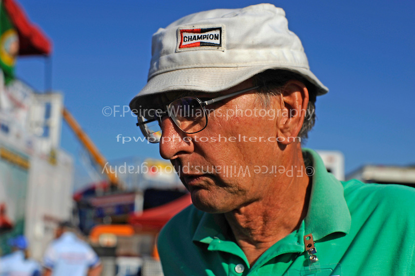 """Dixon Smith, current owner of the Dixon Smith, U-40 """"Miss Bardahl"""""""