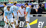 The Hague, Netherlands, June 15: Head coach Carlos Retegui of Argentina argues with the security before the field hockey bronze match (Men) between Argentina and England on June 15, 2014 during the World Cup 2014 at Kyocera Stadium in The Hague, Netherlands. Final score 2-0 (0-0)  (Photo by Dirk Markgraf / www.265-images.com) *** Local caption ***