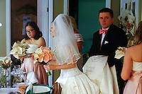 7/11/10 1:31:26 PM -- Wilmington, DE. U.S.A. -- Robin & Frank - July 11, 2010 --  Photo by Paul Lutes/cainimages.com