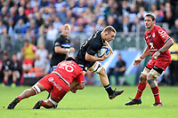 Sam Underhill of Bath Rugby takes on the Toulouse defence. Heineken Champions Cup match, between Bath Rugby and Stade Toulousain on October 13, 2018 at the Recreation Ground in Bath, England. Photo by: Patrick Khachfe / Onside Images