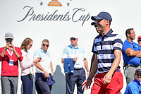 Justin Thomas (USA) makes his way from the first tee during round 4 Singles of the 2017 President's Cup, Liberty National Golf Club, Jersey City, New Jersey, USA. 10/1/2017. <br /> Picture: Golffile | Ken Murray<br /> <br /> All photo usage must carry mandatory copyright credit (&copy; Golffile | Ken Murray)