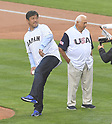 (L-R) Hideo Nomo, Tommy Lasorda,<br /> MARCH 21, 2017 - WBC :<br /> Hideo Nomo throws out the ceremonial first pitch before the 2017 World Baseball Classic Semifinal game between United States 2-1 Japan at Dodger Stadium in Los Angeles, California, United States. (Photo by AFLO)