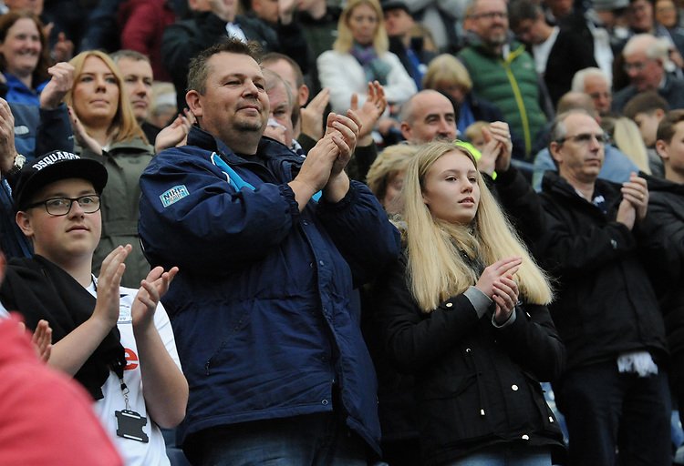 Preston North End fans applaud their team at the final whistle <br /> <br /> Photographer Kevin Barnes/CameraSport<br /> <br /> The EFL Sky Bet Championship - Preston North End v Barnsley - Saturday 5th October 2019 - Deepdale Stadium - Preston<br /> <br /> World Copyright © 2019 CameraSport. All rights reserved. 43 Linden Ave. Countesthorpe. Leicester. England. LE8 5PG - Tel: +44 (0) 116 277 4147 - admin@camerasport.com - www.camerasport.com