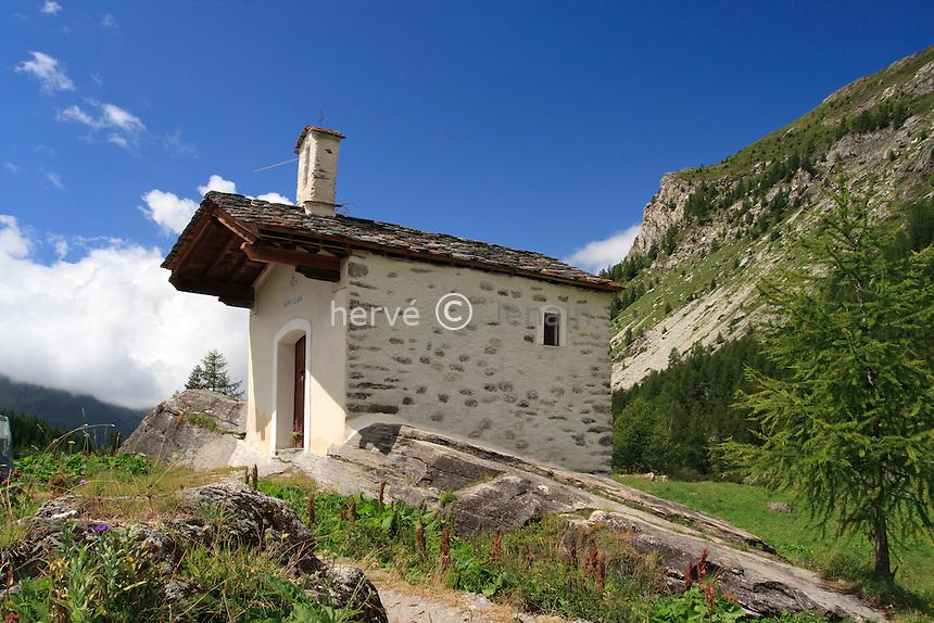 France, Savoie (73), la Tarentaise, Sainte-Foy-Tarentaise, hameau du Monal, la chapelle // France, Savoie, la Tarentaise, Sainte Foy Tarentaise, hamlet of Monal, the chapel
