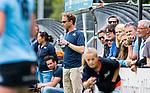BLOEMENDAAL - coach Robbert-Jan de Vos (HGC) , 2e play out wedstrijd tussen Bloemendaal-HGC dames (2-0). COPYRIGHT KOEN SUYK