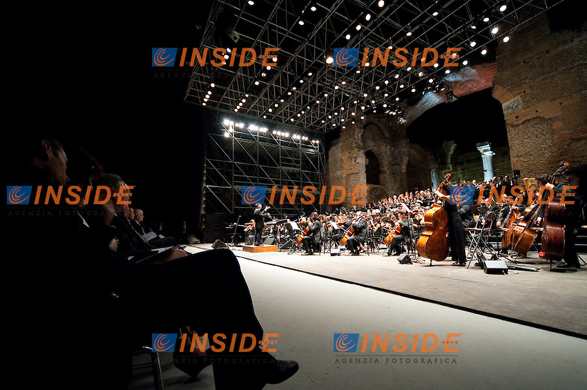 Tivoli 22nd July 2009 .Concerto del Maestro Ennio Morricone a Villa Adriana in occasione di un evento organizzato dalla FINA (Federazione Intrenazionale di Nuoto) in concomitanza con i campionati mondiali di nuoto di Roma..photo: Roma2009.com/InsideFoto/SeaSee.com