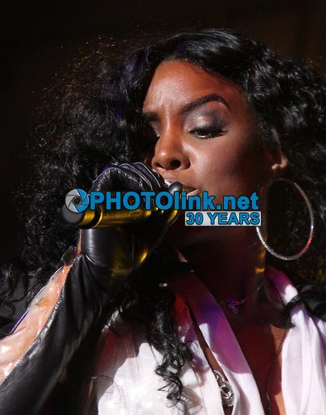 Kelly Rowland 2009<br /> Photo By JR Davis/PHOTOlink.net