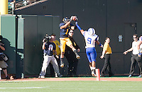 September 17, 2011:  California's Marvin Jones grabs long pass from Zach Maynard but was out of bounds during a game against Presbyterian Football at AT&T Park, San Francisco, Ca   California Defeated Presbyterian 63 - 12