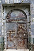 Europe, France, Aquitaine, Pyrénées-Atlantiques, Béarn, Vallée d'Aspe, Fort du Portalet , le portail // Europe, France, Aquitaine, Pyrenees Atlantiques, Bearn, Aspe Valley, Fort du Portalet