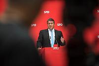 Pressekonferenz mit dem SPD-Vorsitzenden Sigmar Gabriel und Berlins regierendem Buergermeister Michael Mueller im Anschluss an den 7. SPD-Parteikonvent. Auf dem Konvent im Willy-Brandt-Haus wurden ca. 500 Antraege zu Themen wie, Wohnen, Bildung, Gesundheit und CETA & TTIP behandelt.<br /> Im Bild: Sigmar Gabriel.<br /> 5.6.2016, Berlin<br /> Copyright: Christian-Ditsch.de<br /> [Inhaltsveraendernde Manipulation des Fotos nur nach ausdruecklicher Genehmigung des Fotografen. Vereinbarungen ueber Abtretung von Persoenlichkeitsrechten/Model Release der abgebildeten Person/Personen liegen nicht vor. NO MODEL RELEASE! Nur fuer Redaktionelle Zwecke. Don't publish without copyright Christian-Ditsch.de, Veroeffentlichung nur mit Fotografennennung, sowie gegen Honorar, MwSt. und Beleg. Konto: I N G - D i B a, IBAN DE58500105175400192269, BIC INGDDEFFXXX, Kontakt: post@christian-ditsch.de<br /> Bei der Bearbeitung der Dateiinformationen darf die Urheberkennzeichnung in den EXIF- und  IPTC-Daten nicht entfernt werden, diese sind in digitalen Medien nach §95c UrhG rechtlich geschuetzt. Der Urhebervermerk wird gemaess §13 UrhG verlangt.]