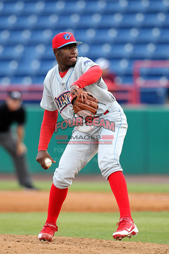 Clearwater Threshers pitcher Hector Neris #45 during a game against the Brevard County Manatees at Space Coast Stadium on April 29, 2012 in Viera, Florida.  Brevard County defeated Clearwater 4-1.  (Mike Janes/Four Seam Images)