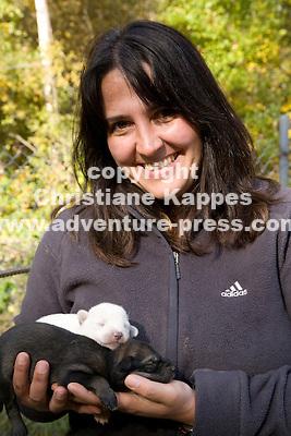 Christiane Kappes in Alaska im Hundekennel