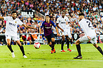 Luis Suarez of FC Barcelona (C) looks to bring the ball down during their La Liga 2018-19 match between Valencia CF and FC Barcelona at Estadio de Mestalla on October 07 2018 in Valencia, Spain. Photo by Maria Jose Segovia Carmona / Power Sport Images