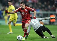 FUSSBALL   CHAMPIONS LEAGUE   SAISON 2011/2012     22.11.2011 FC Bayern Muenchen - FC Villarreal Tor zum 3:1 von Franck Ribery (FC Bayern Muenchen) gegen Diego Lopez (Villarreal CF)