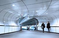Voetgangerstunnel bij Metro Wilhelminaplein in Rotterdam