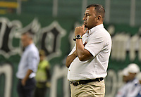 PALMIRA - COLOMBIA, 19-02-2019: Harold Rivera técnico de Union gesticula durante el partido entre Deportivo Cali y Union Magdalena como parte de la Liga Águila I 2019 jugado en el estadio Deportivo Cali de la ciudad de Palmira. / Harold Rivera coach of Union gestures during match for the date 5 as part Aguila League I 2019 between Deportivo Cali and Union Magdalena played at Deportivo Cali stadium in Palmira city.  Photo: VizzorImage / Gabriel Aponte / Staff