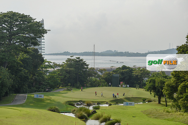 A wide view of the green on 4 during Rd 1 of the Asia-Pacific Amateur Championship, Sentosa Golf Club, Singapore. 10/4/2018.<br /> Picture: Golffile | Ken Murray<br /> <br /> <br /> All photo usage must carry mandatory copyright credit (© Golffile | Ken Murray)