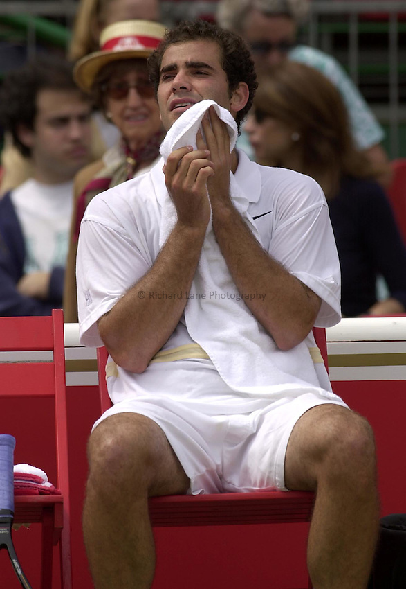 Photo:Ken Brown .11/06/2001. .Stella Artois Championship 2001 .Pete Sampras takes a break in his match against Jan Siemerink which was carried over from yesterday.